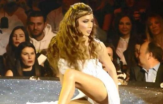 Η Πάολα χορέυει Ικαριώτικο με τον Μαρτάκη και τον Γιώργο Αξά!