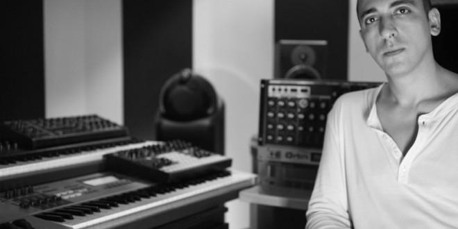6 Χρόνια Μετά.. Ο ASTRIX Μας Παρουσιάζει Το Νέο Του Album 'He.Art' ..ΣΠΆΣΤΕ ΤΟ!