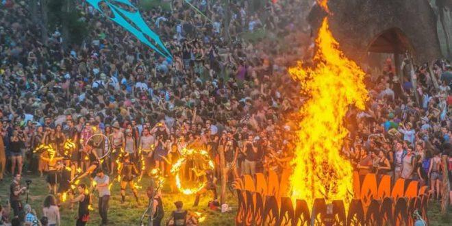Δείτε Το (official) Βίντεο Του Ozora Festival 2015.. Που Σάρωσε Το Διαδίκτυο!!